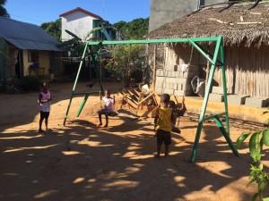 Les élèves du LP mettent leur savoir faire en oeuvre pour les élèves de Majunga